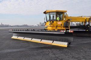 Image of the Vammas P8400 snow plow
